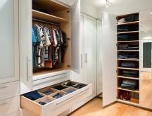 04_PenthouseWash_closet